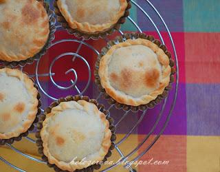 Пирожки с яблоками по-французски