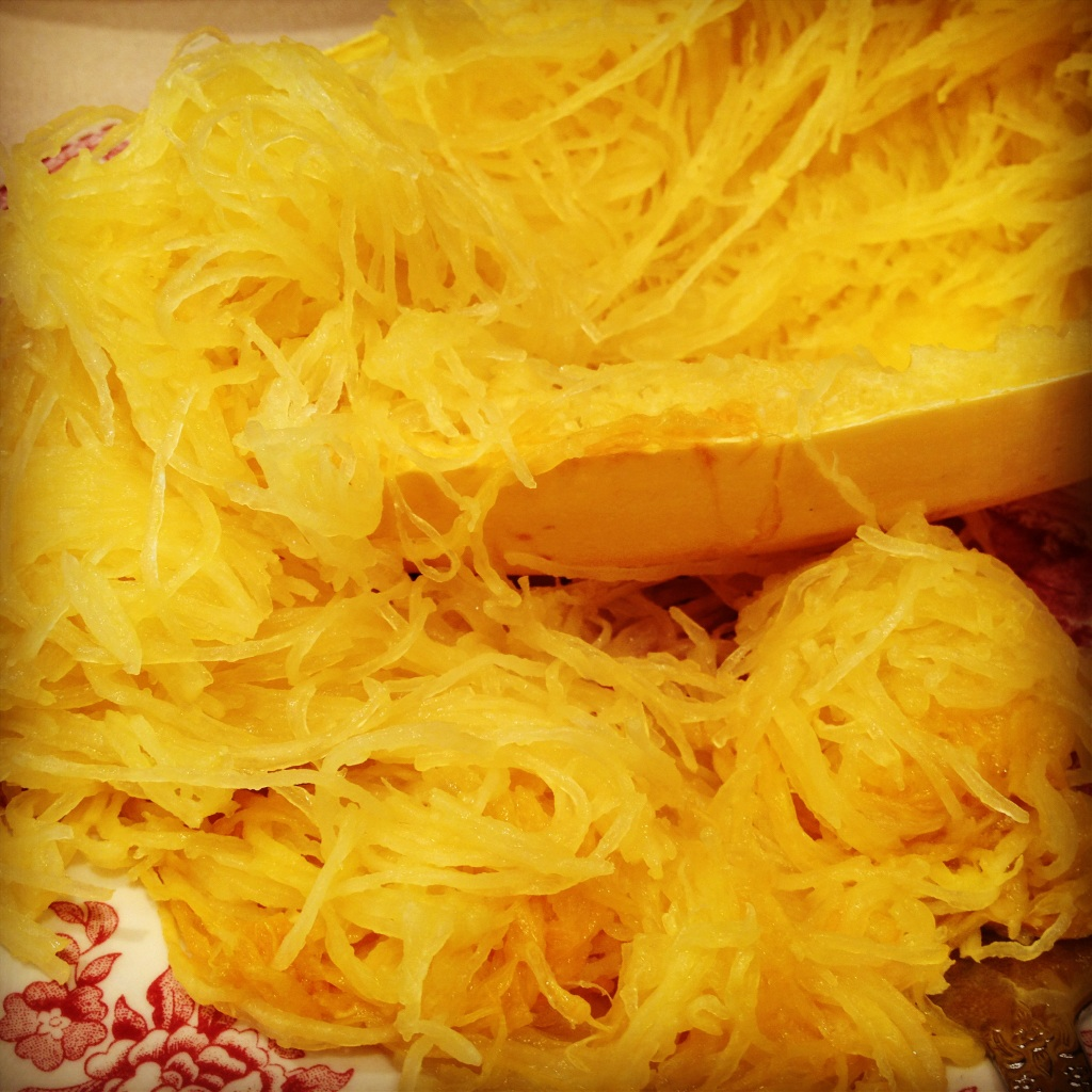 Ruthie 39 s kozi kitchen how to cook spaghetti squash for What to make with spaghetti squash