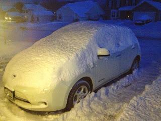 Nissan-Leaf-Snow