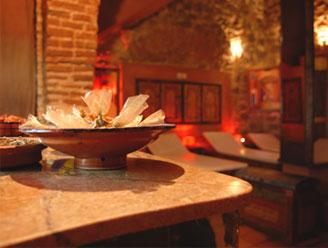 travel pennies a hammam in marrakech mille et une nuits. Black Bedroom Furniture Sets. Home Design Ideas