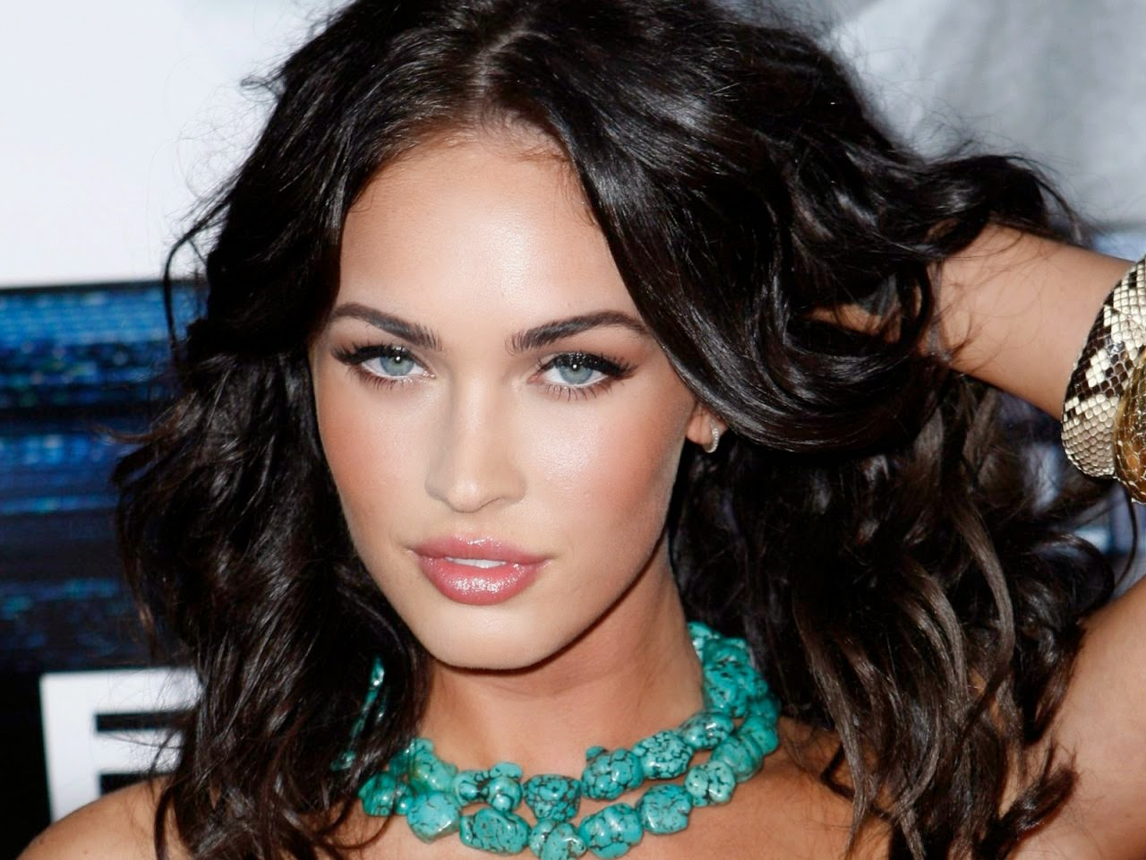 Megan Fox eye makeup