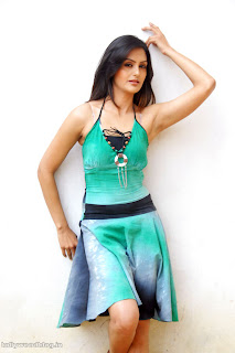 Gowri Sharma spicy Pictures in Green Sleeveless Gown