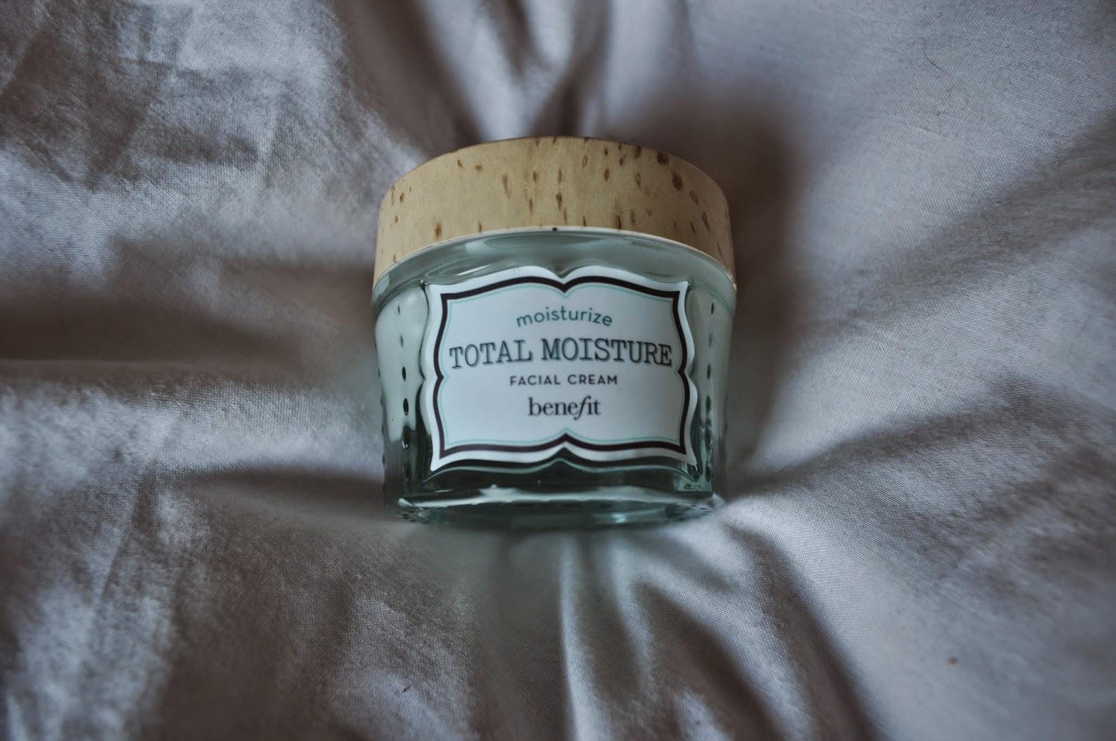 benefit total moisture facial cream moisturiser