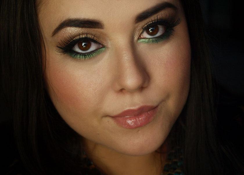 Eye makeup for green eyes and dark hair