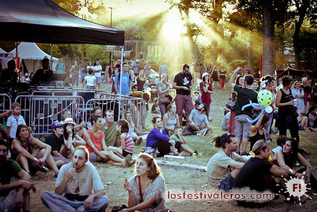 Momentos entre conciertos en el festival MéditerranéO'
