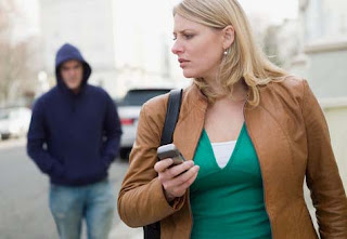 Top 5 Apps That Women Should Download For Their Safety 1