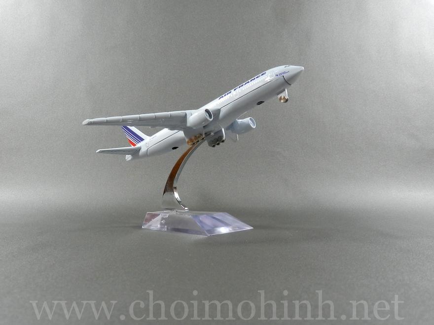 Air France plane 1:400 side
