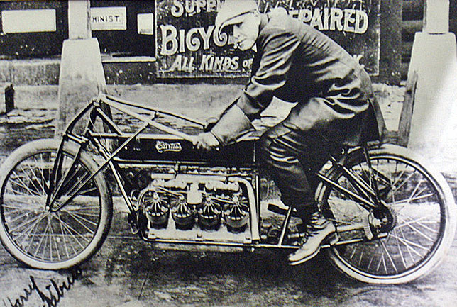 World's Fastest Motorcycle in 1907
