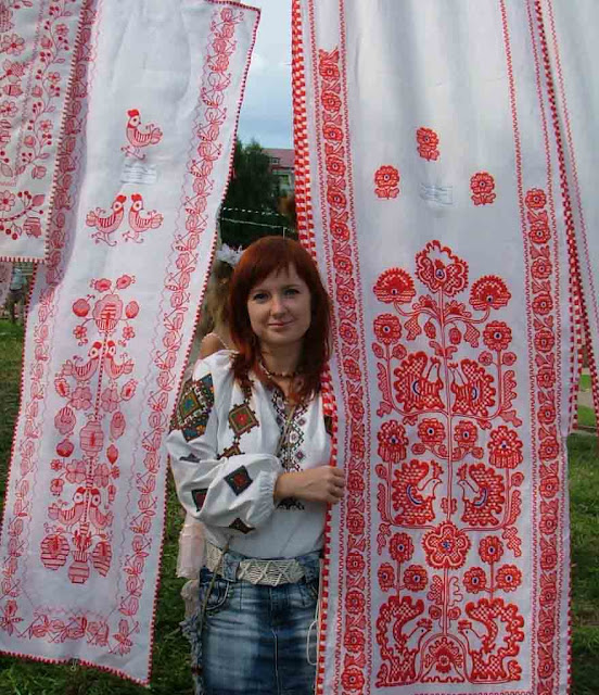 Ternopil: Embroidered City