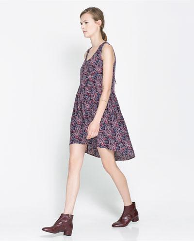 önüz kısa arkası uzun kuyruk çiçek desenli elbise