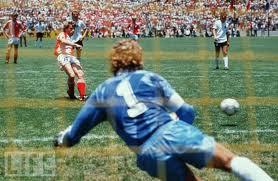 Dinamarca 2x0 Alemanha - 1986
