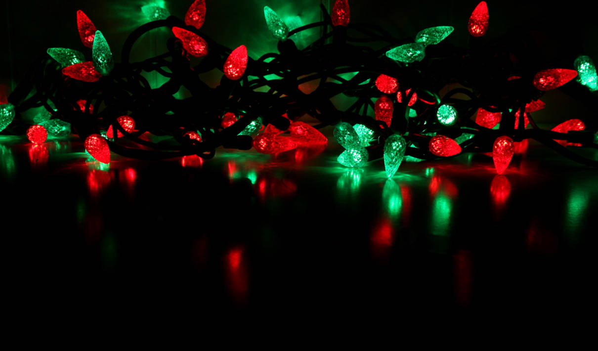 Red and green christmas lights myideasbedroom