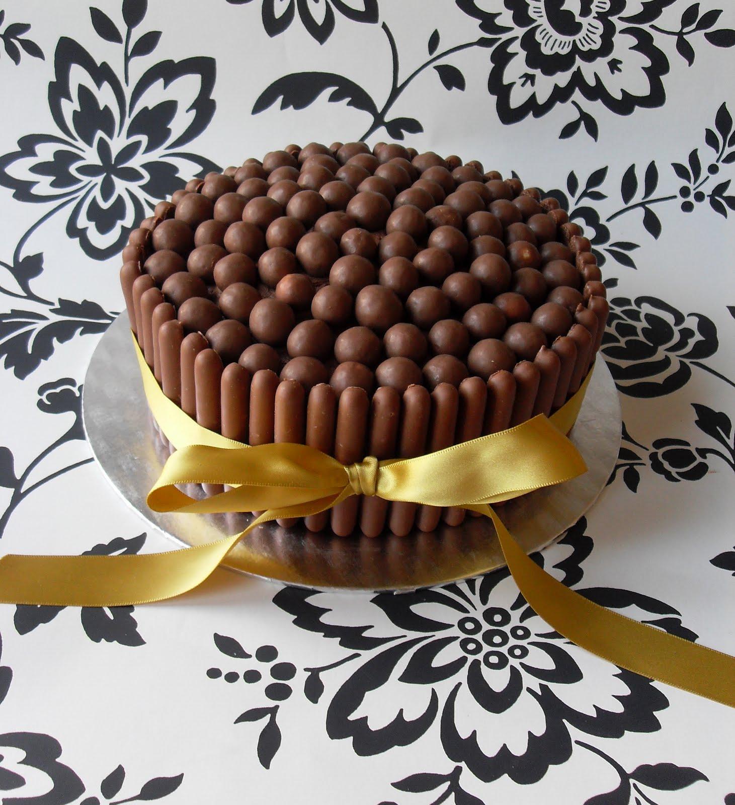 Cake Decorating With Chocolate Fingers : Sugar Ruffles, Elegant Wedding Cakes. Barrow in Furness ...