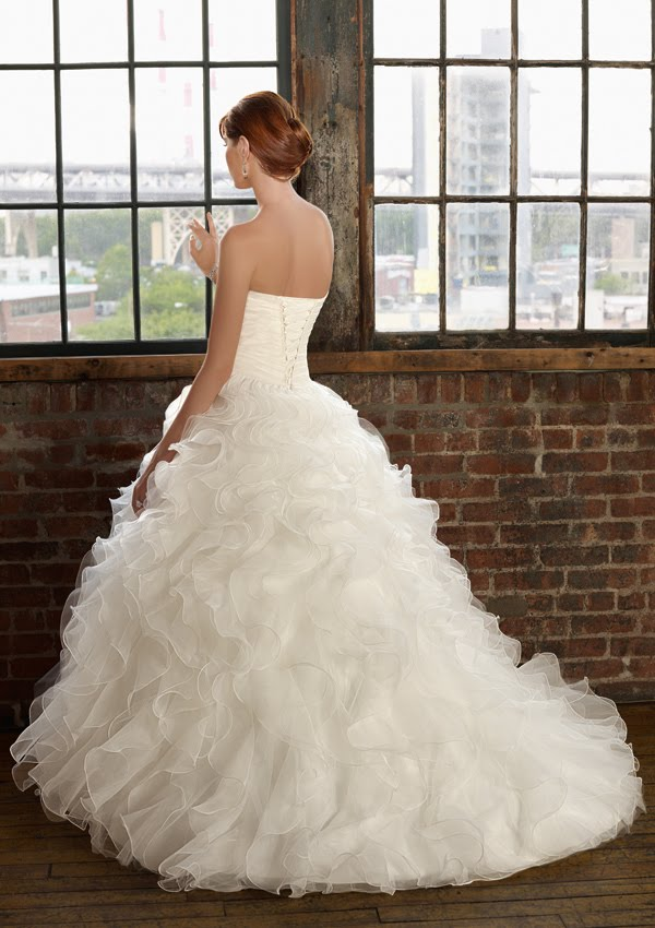 Wedding dresses beautiful spin 3