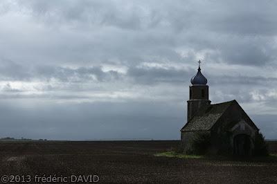 chapelle ruine nuages Misy Seine-et-Marne