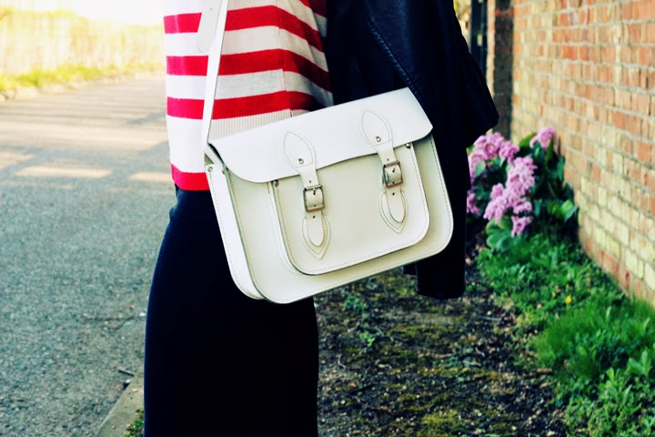 UK fashion blogger stripes white satchel