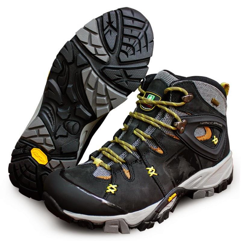 Sepatu Gunung Consina Future