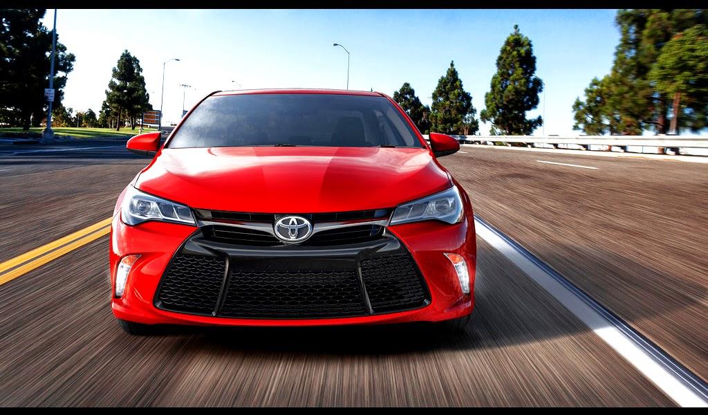 2015 Toyota Camry Wallpaper