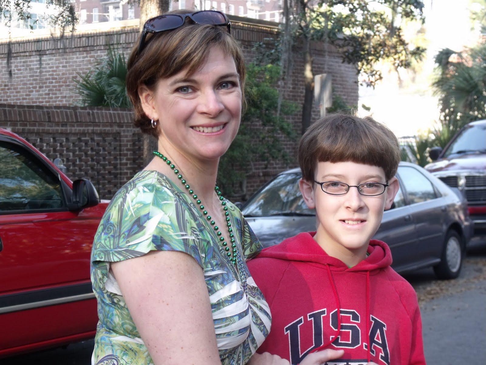 Порно и мама и мальчик смотреть онлайн фотоография