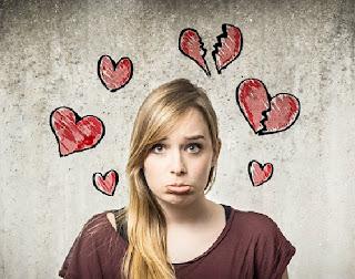 Cinta tak haruskah dimiliki atau mesti diperjuangkan