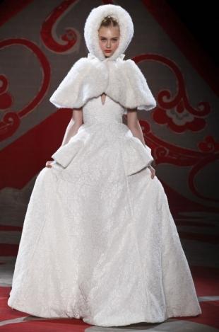 Ulyana-Sergeenko-Haute-Couture-Fall-2012-Collection