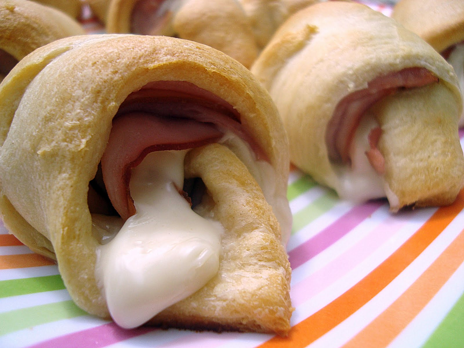 pillsbury crescent rolls with ham and cheese crescent snacks crescent ...