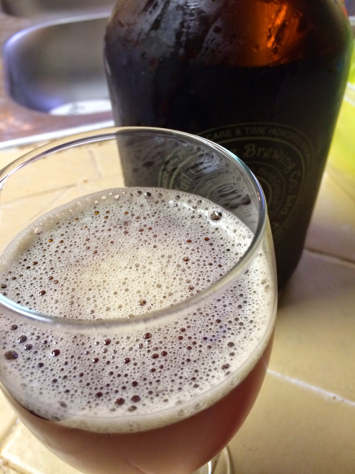 Full Circle Brewing High Speed Rail Ale 2