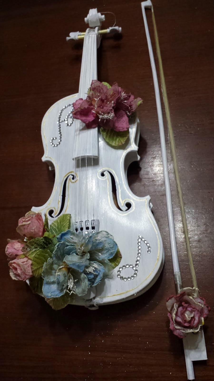 violino decorato