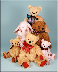 &#39;Five Bears &amp; an Ellie&#39; Collection 2011