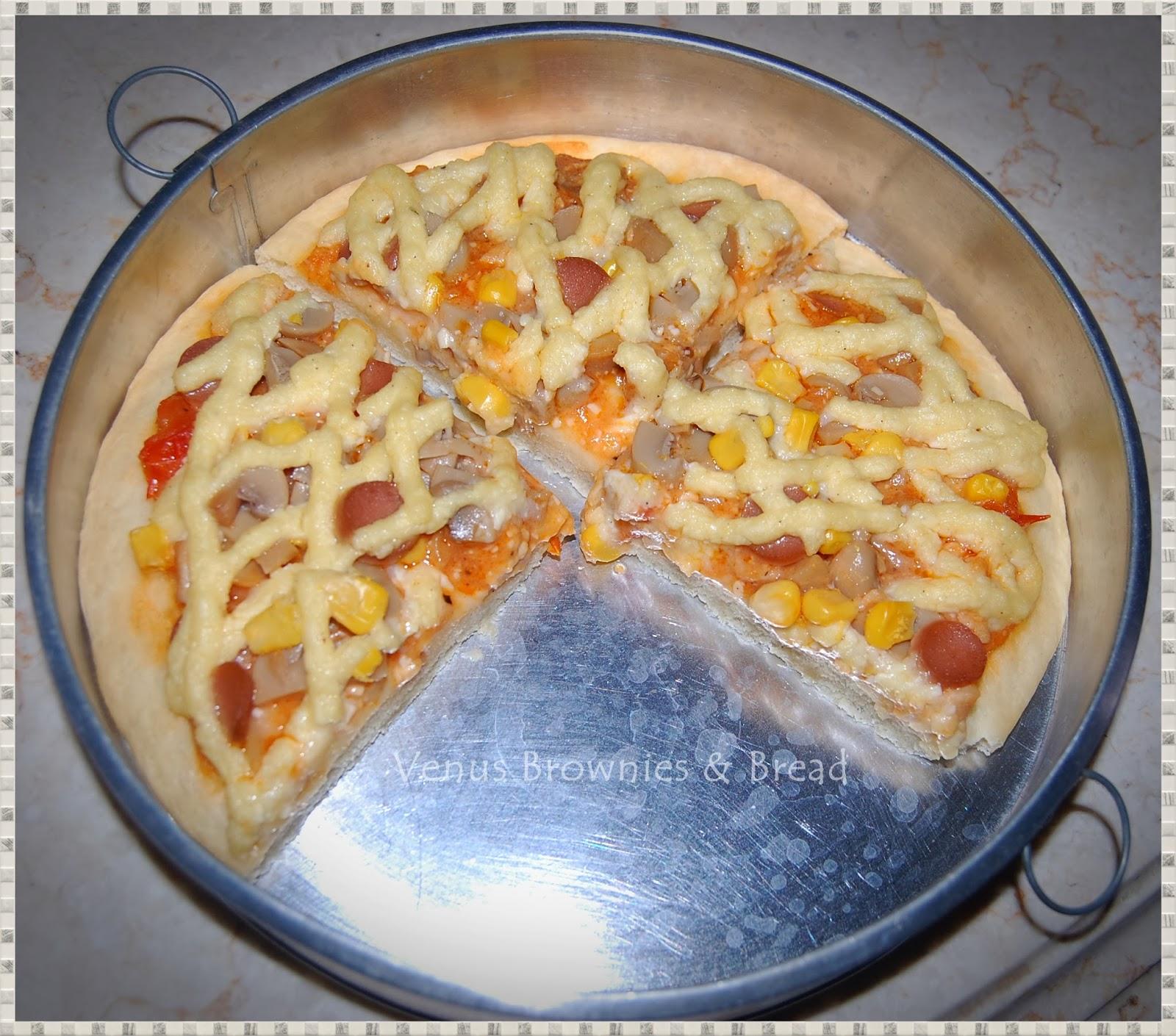 Venus Brownies & Bread: Cheddar Chicken With Cheddar Sauce