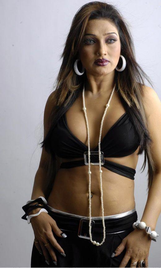 Sexy Bomb Actress