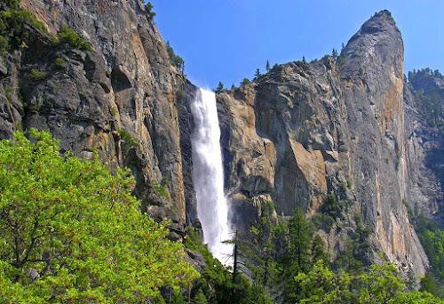 Cachoeira Bridalveil - Yosemite - Califórnia