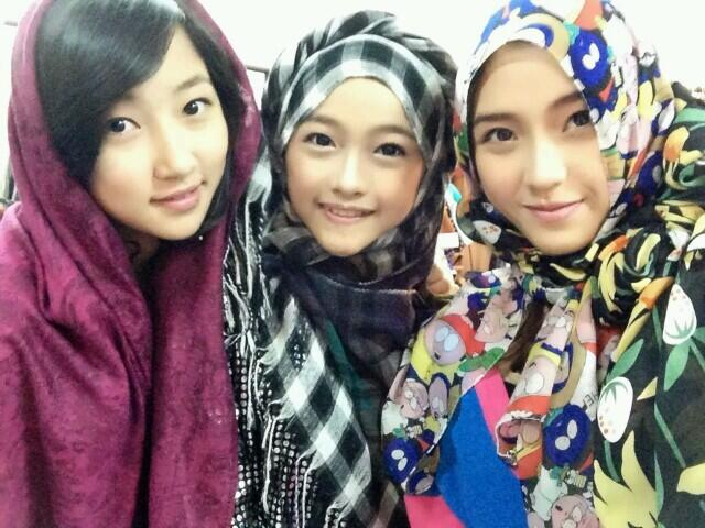 Team K JKT48 Member Pake Jilbab