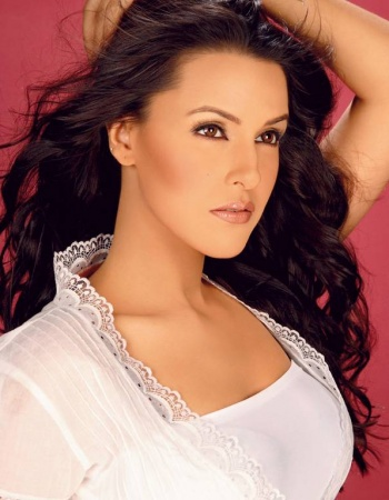 actress images bollywood. Online Indian Actress Wallpapers, Photos, Images, Pictures: Neha Dhupia