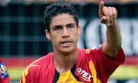 varane firmo con real madrid