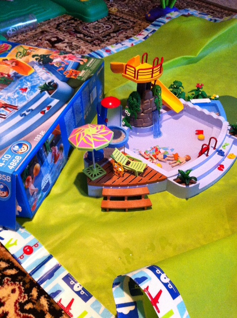 Foreign Object In Muddy Water Review Playmobil Pool 4858 Aka Malaysian In San Jose California