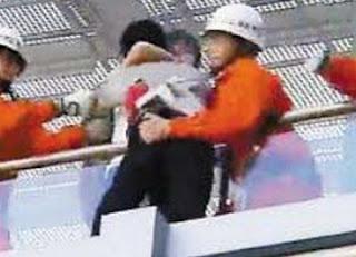 Ciuman Maut Liu Wenxiu Gagalkan Upaya Bunuh Diri