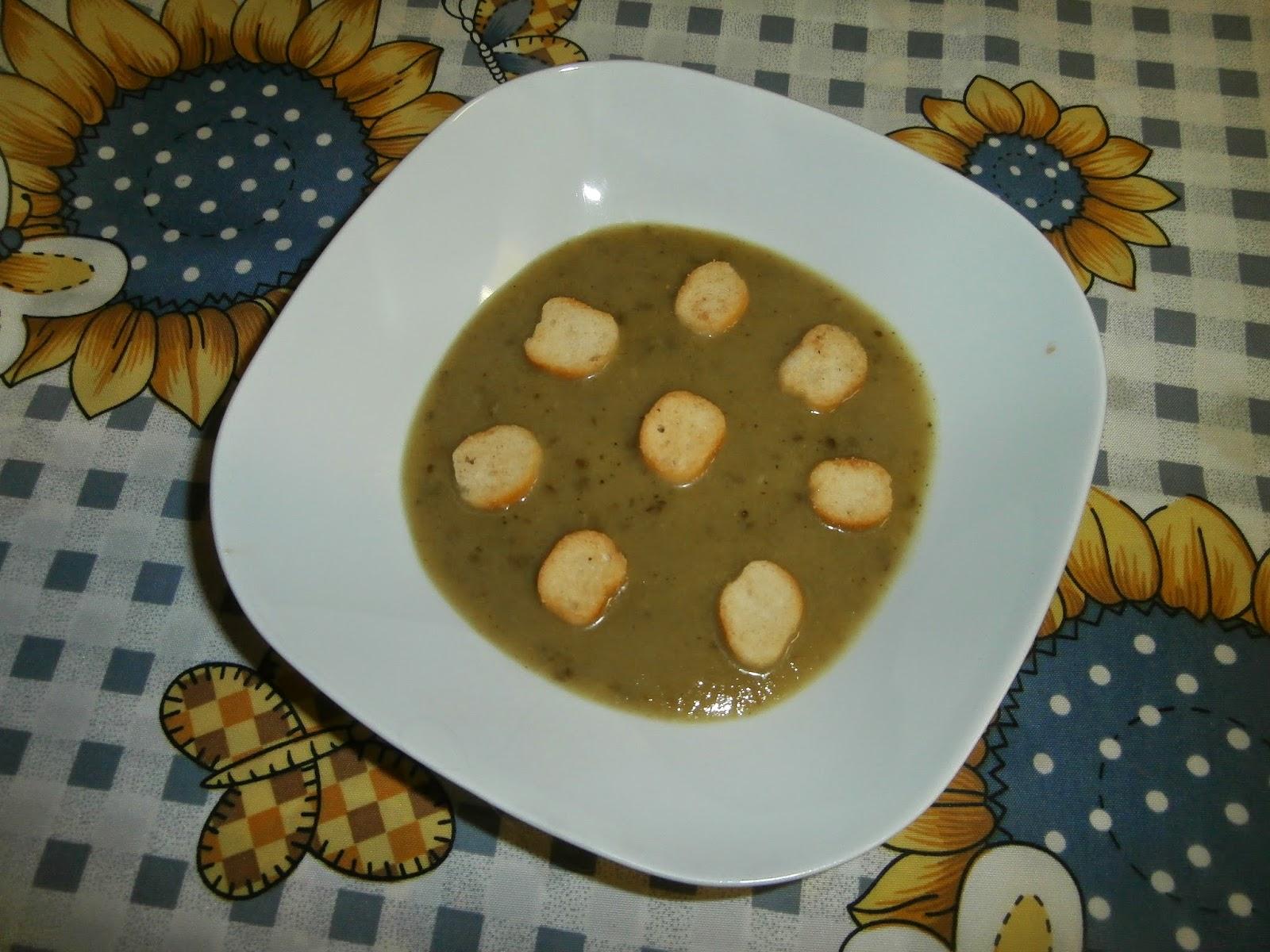 Les recettes chouettes de sissi soupe aux feuilles de - Cuisiner lentilles seches ...