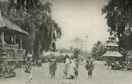 Bali Tempo Dulu Pakaian Wanita Masih