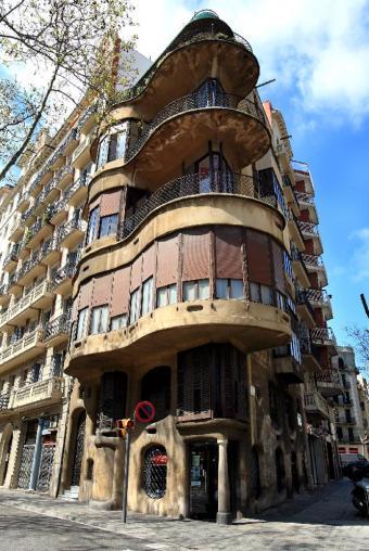 Un 39 jujol 39 enfermo - Casa modernista barcelona ...