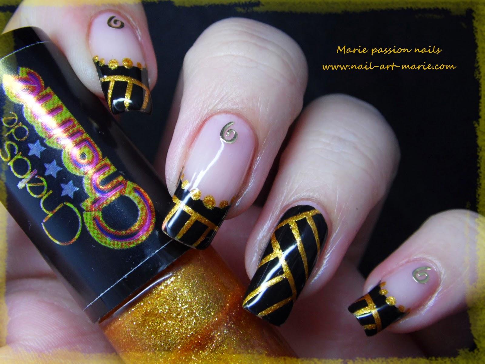 Nail art égyptien8