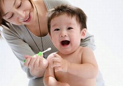 Khi nào nên bắt đầu đánh răng cho bé?