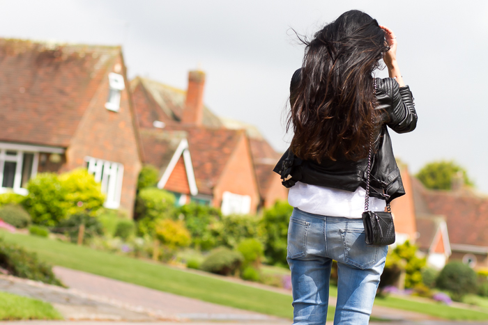 Imagen blogger de moda withorwithoutshoes en su viaje a Reino Unido