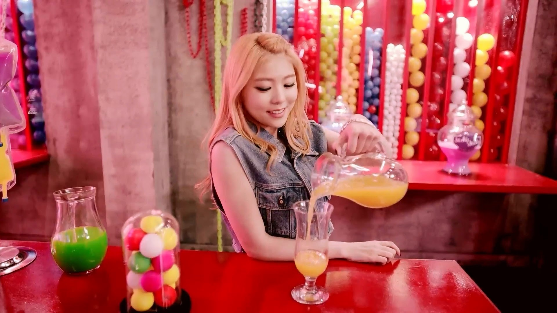 HelloVenus Seoyoung StickySticky