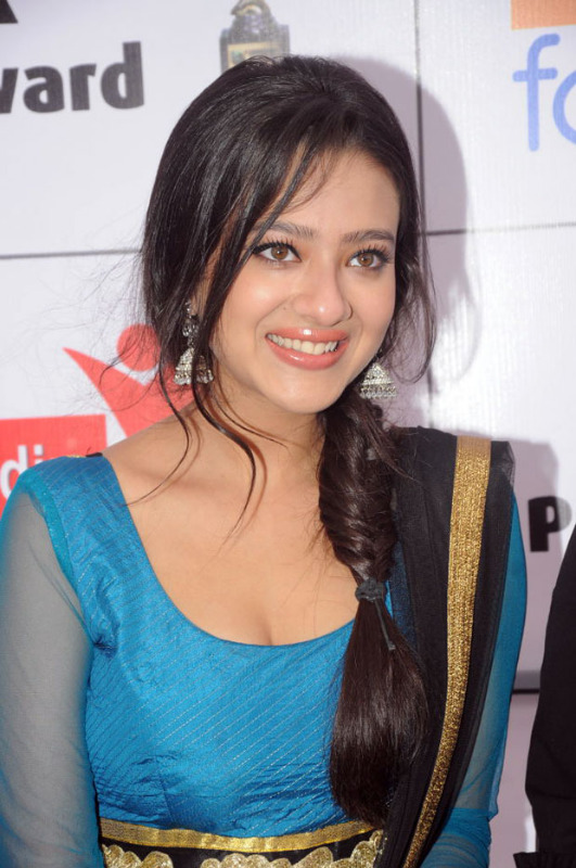 Madalsa sharma beautiful in suit - Madalsa sharma in Blue Suit - Hot Pics