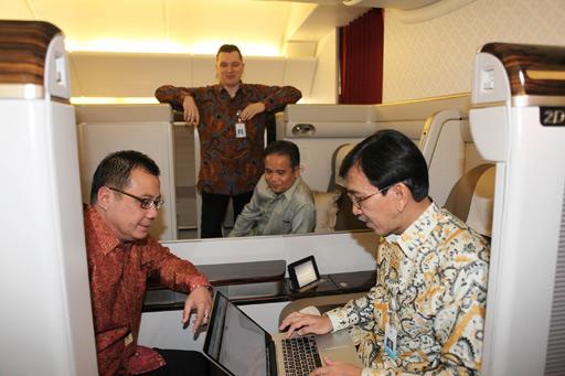 Ingin Menikmati Fasilitas Wi-fi di Pesawat Garuda ini Tarif