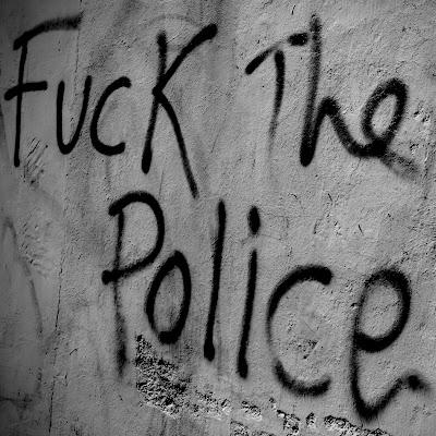 Kaskade, street riot