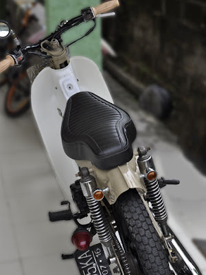 CRAZE Cobra Seat for HONDA C70 no.2
