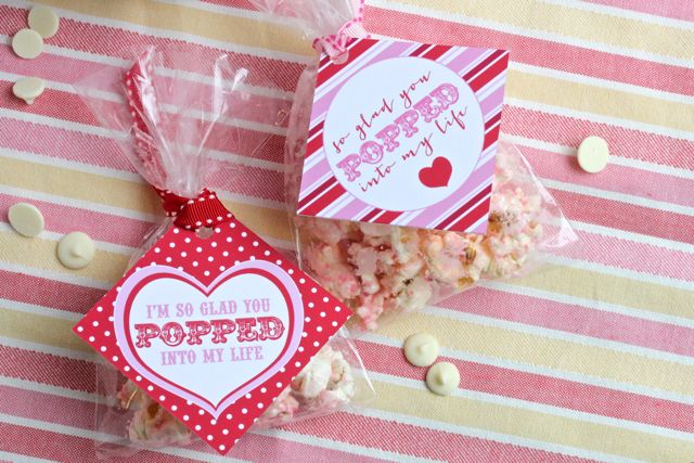 Your Southern Peach: Valentine\'s Day Pink Popcorn :: Anne Hitchins