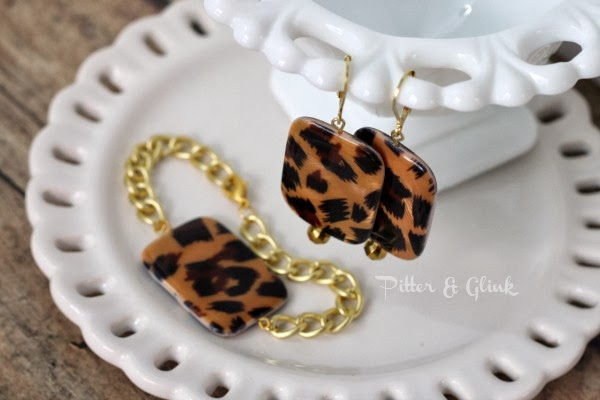 Simple DIY Leopard Print Earrings pitterandglink.com